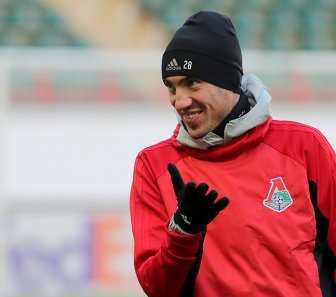 Защитник Локомотива Борис Ротенберг
