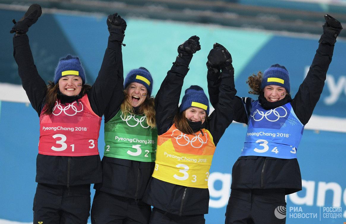 Шведские биатлонистки Линн Перссон, Мона Брорссон, Анна Магнуссон и Ханна Эберг (слева направо)