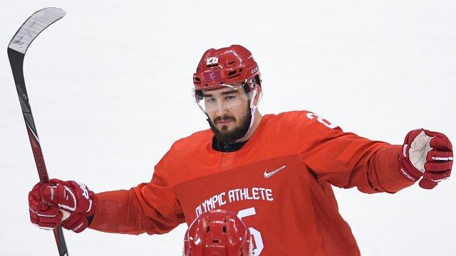 """""""Войнов никогда не бил женщин"""". Почему российского хоккеиста не пускают в НХЛ?"""
