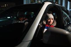 Алина Загитова за рулем автомобиля BMW