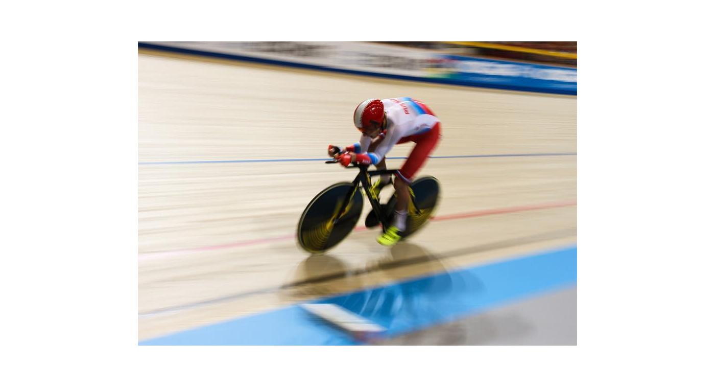 Александр Евтушенко поспорит забронзу голландского чемпионата мира в особой гонке преследования