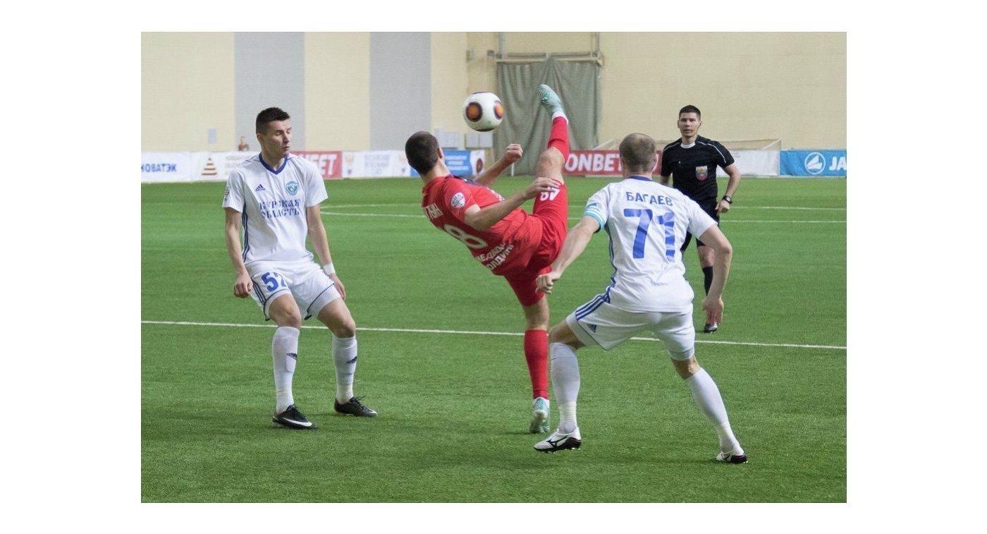 ФК «Енисей» разгромил курскую команду впервом матче года вФНЛ
