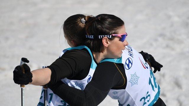 Марта Зайнуллина и Оксана Кочерова (слева направо)