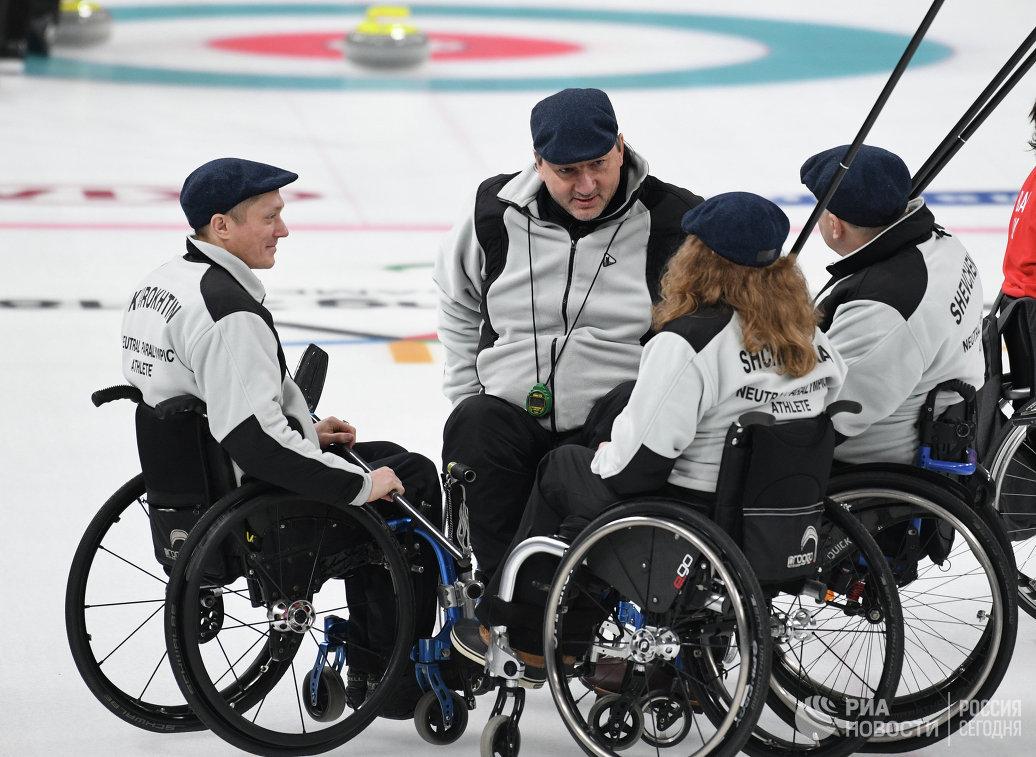 Российские атлеты Константин Курохтин, Марат Романов, Дарья Щукина и Александр Шевченко (слева направо)