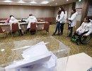 Российские паралимпийцы на избирательном участке в Пхенчхане