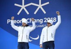 Валерий Редкозубов (справа) и его ведущий Евгений Героев