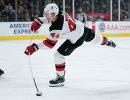 Нападающий клуба НХЛ Нью-Джерси Девилз Майлз Вуд