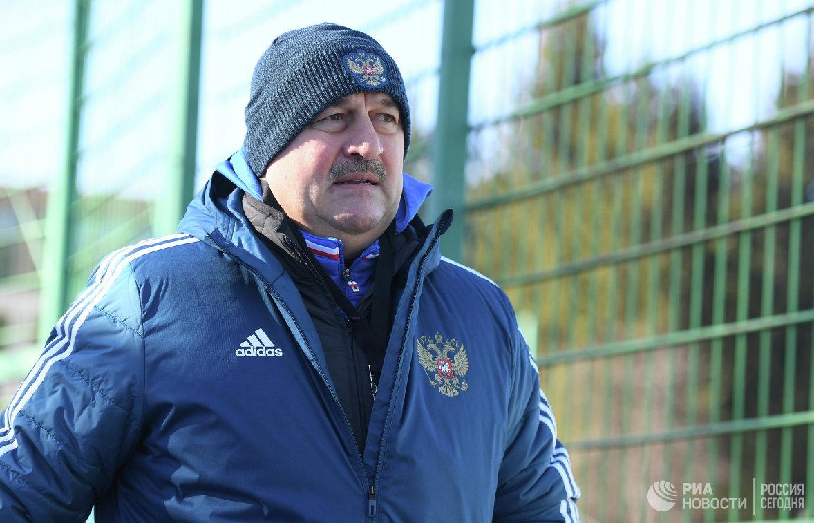 Сборная Российской Федерации недосчиталась нескольких футболистов перед матчем сБразилией