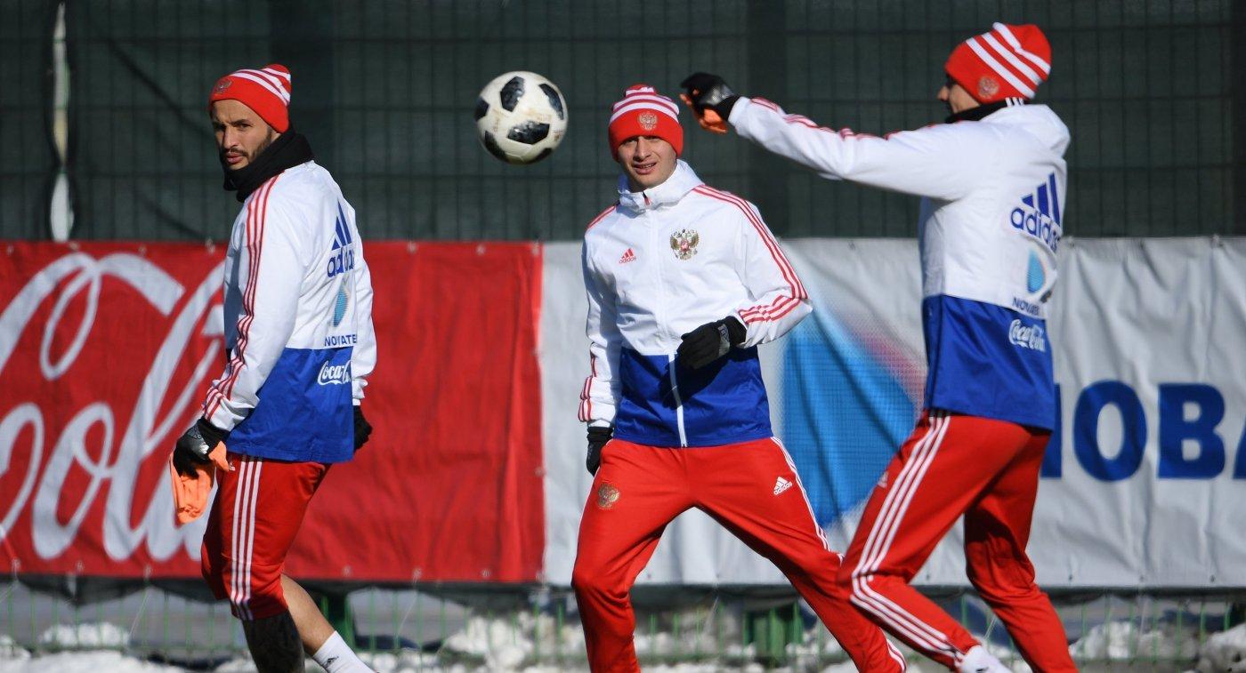 Дзагоев пропускает тренировку сборной РФ и занимается индивидуально
