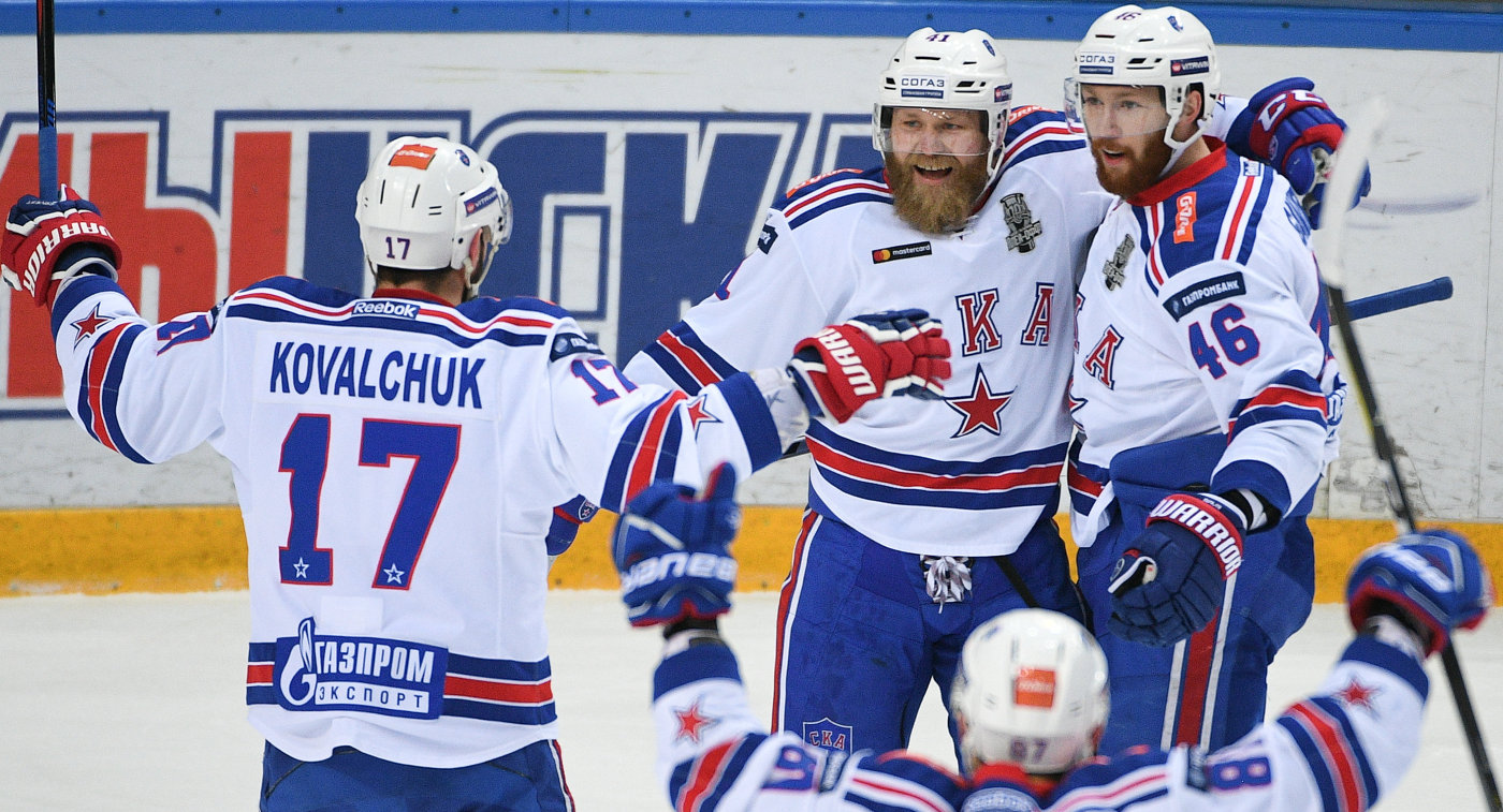 Гусев признан самым ценным игроком постоянного чемпионата КХЛ сезона