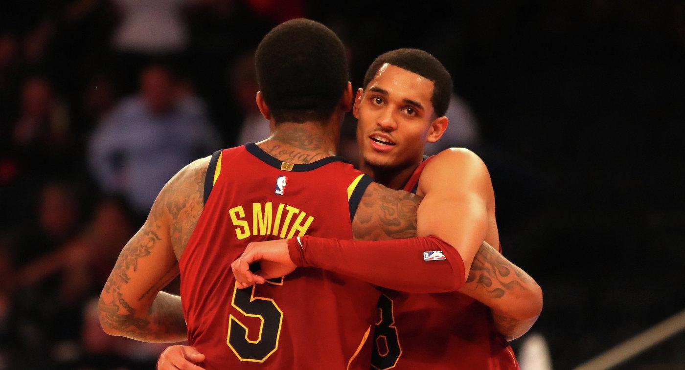"""""""Кливленд"""" обыграл """"Нью-Йорк Никс"""" и занял первое место в Центральном дивизионе НБА"""