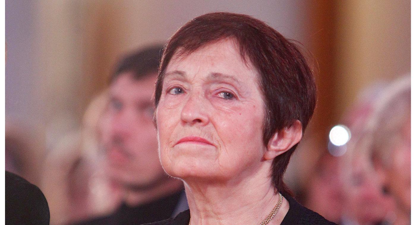 Тренер по фигурному катанию Тамара Москвина
