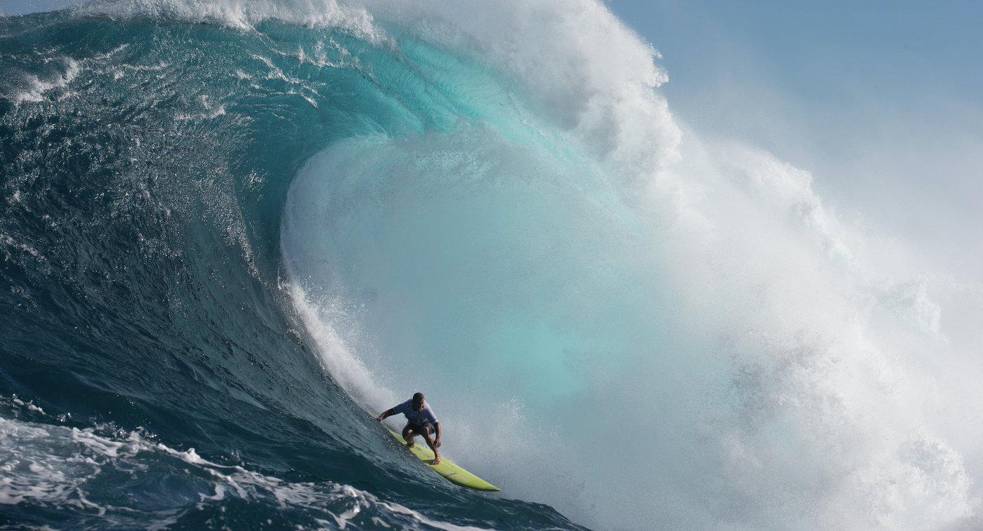 Серфингист в Австралии