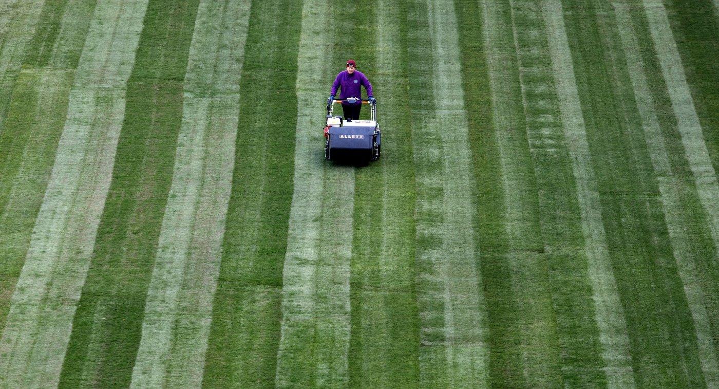 Укладка газона на стадионе Самара-Арена