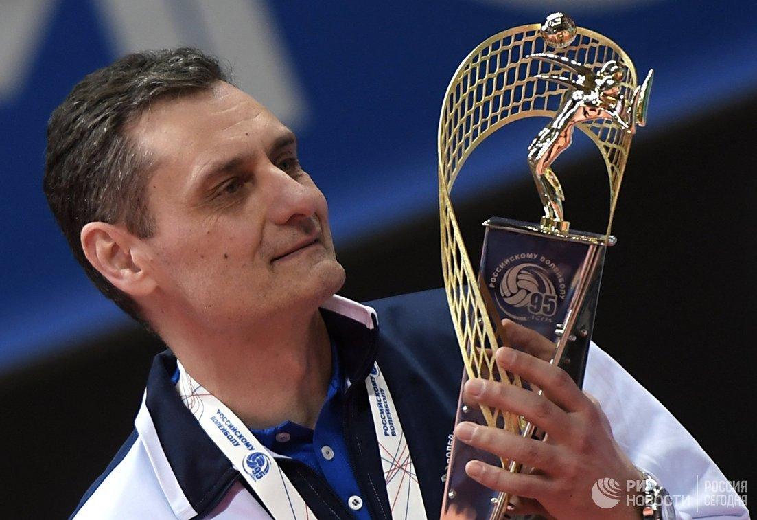 Волейболистки московского «Динамо» в 3-й раз подряд стали чемпионками РФ