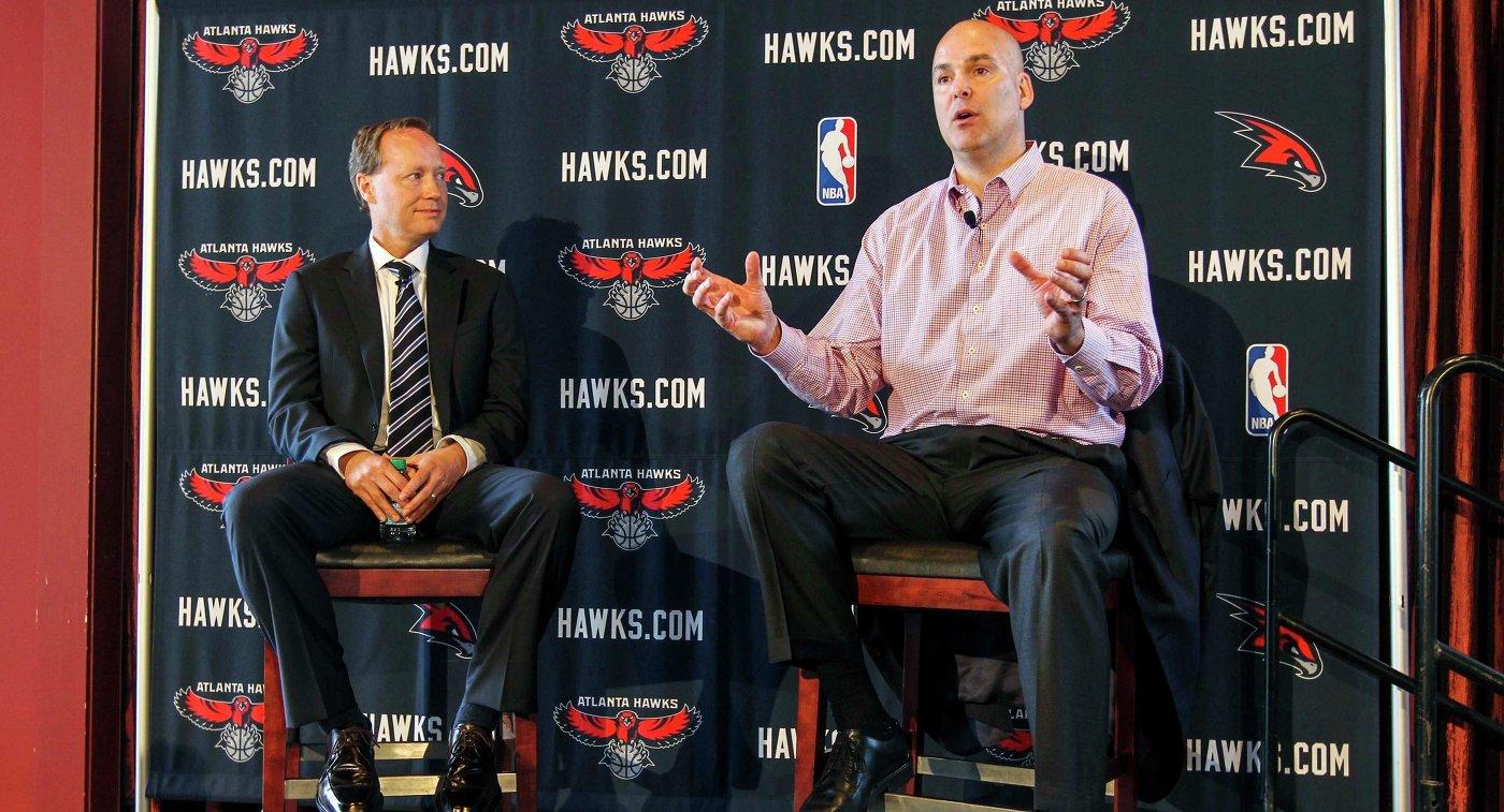 Дэнни Ферри (справа) и Майк Буденхольцер