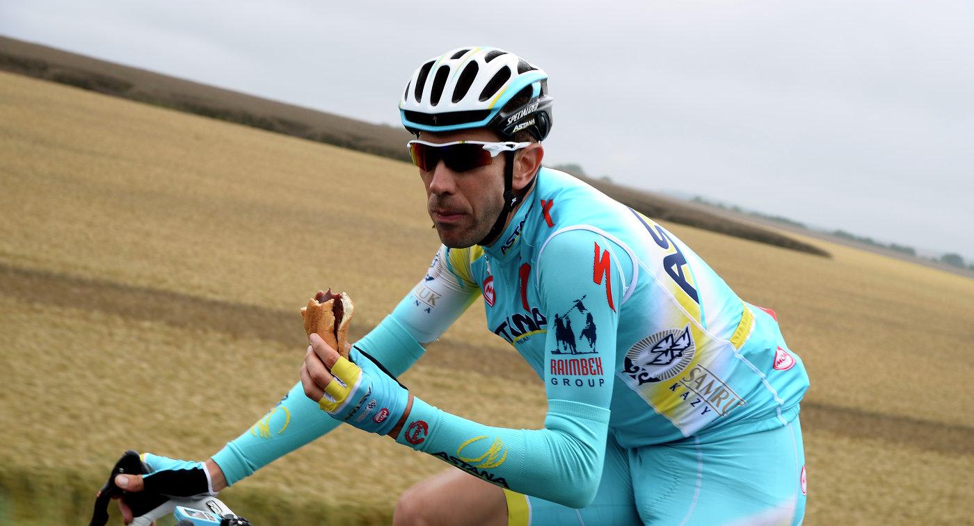 Голландский велогонщик Вестра признался, что использовал кортизон при помощи TUE