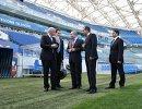 Владимир Путин и Джанни Инфантино (слева) во время осмотра стадиона Фишт. Справа налево - помощник президента РФ Игорь Левитин и губернатор Краснодарского края Вениамин Кондратьев