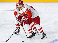 Хоккеисты сборной России Никита Трямкин, Артём Анисимов (справа налево)