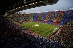 Стадион Камп Ноу перед началом матча 36-го тура чемпионата Испании Барселона - Реал