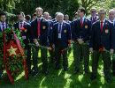 Сборная России возложила цветы к памятнику советским воинам в Копенгагене
