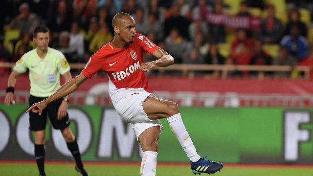 Защитник французского Монако Фабиньо