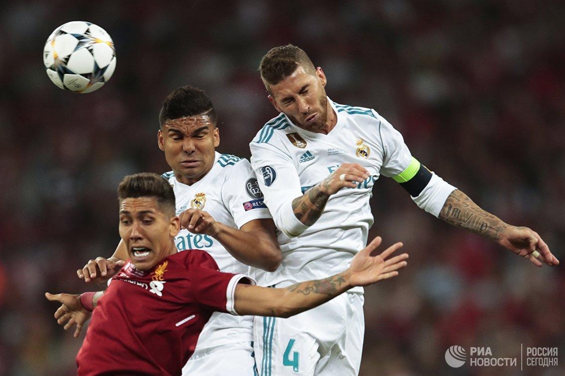 Игровой момент матча Реал - Ливерпуль