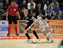Игровой момент матча чемпионата России по мини-футболу Синара - Газпром-Югра