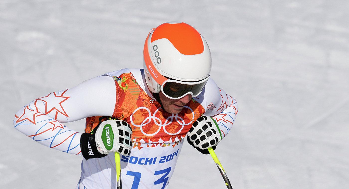 Уизвестного горнолыжника годовая дочь утонула вбассейне