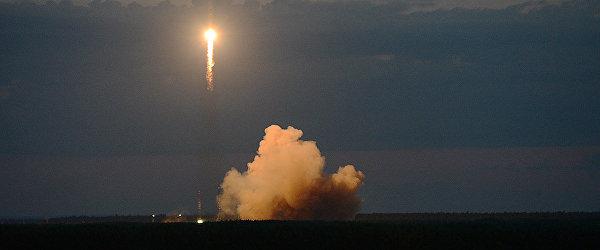 Пуск ракеты Союз-2.1Б с российским навигационным космическим аппаратом Глонасс-М с космодрома Плесецк. 17 июня 2018