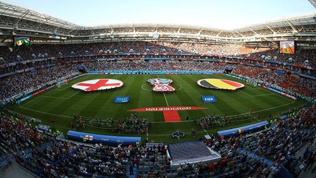 Футболисты сборных Англии и Бельгии