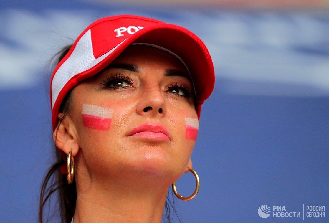 Болельщица сборной Польши