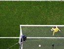 Вратарь сборной Франции Уго Льорис пропускает гол