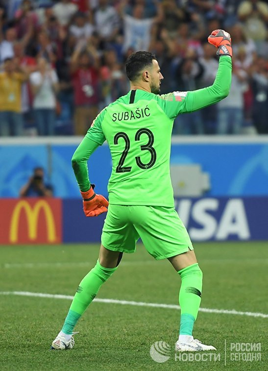 Вратарь хорватов Даниел Субашич