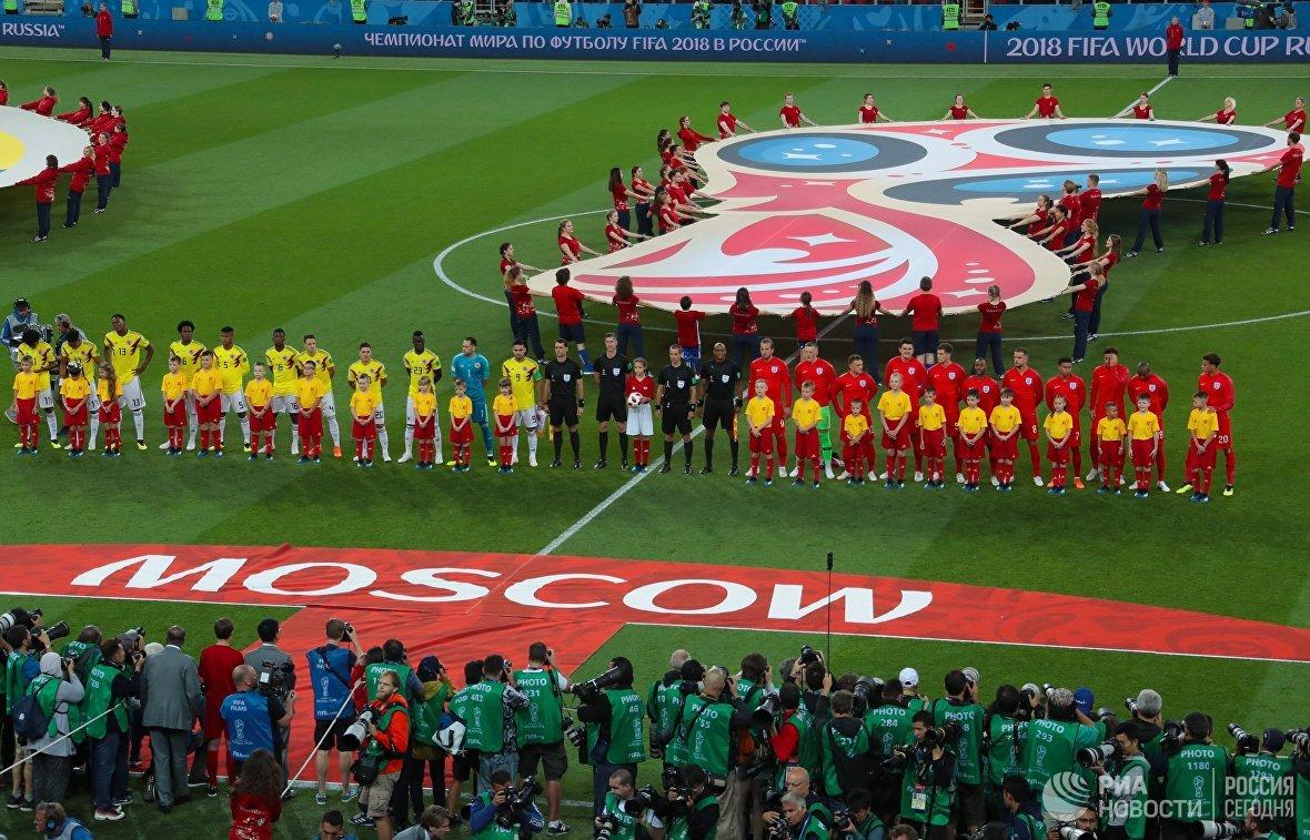 Игроки сборных Колумбии и Англии