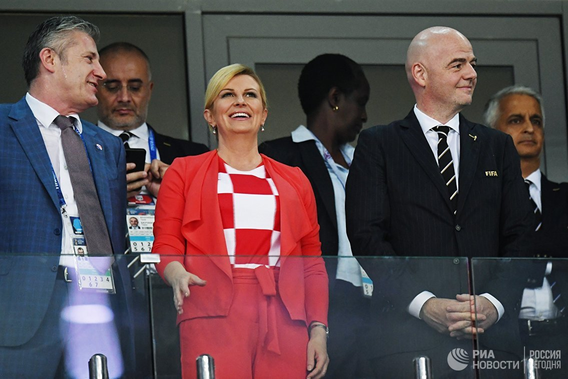 Президент ФИФА Джанни Инфантино (справа) и президент Республики Хорватия Колинда Грабар-Китарович