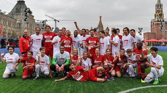 Звездный футбольный юнифайд-матч на Красной площади