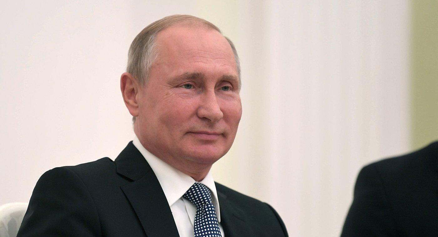 Владимир Путин на встрече с президентом МОК Томасом Бахом