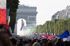 Чествование чемпионов мира по футболу во Франции