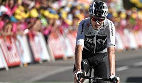 Крис Фрум во время 12-го этапа Тур де Франс