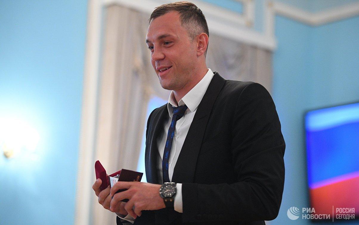 Дзюба предложил Путину сменить хоккейные коньки на футбольные бутсы