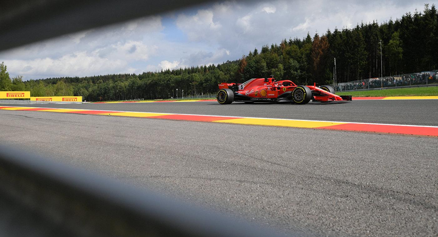 Феттель потеряет три позиции на старте Гран При США