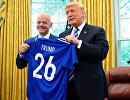 Глава ФИФА Джанни Инфантино (слева) и президент США Дональд Трамп
