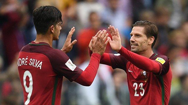 Слева направо: Андре Силва и Адриен Силва (Португалия)