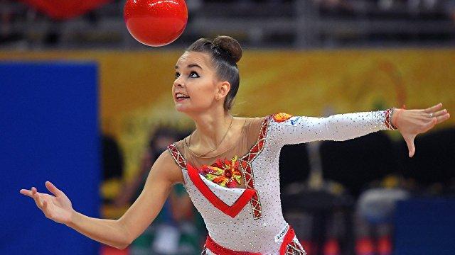 Гимнастка Дина Аверина: Ариша меня спасает, без нее не вышла бы выступать