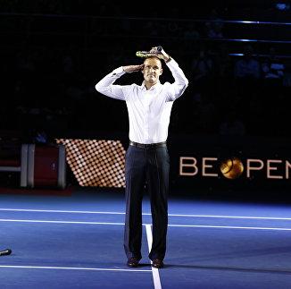 Михаил Южный завершил карьеру теннисиста
