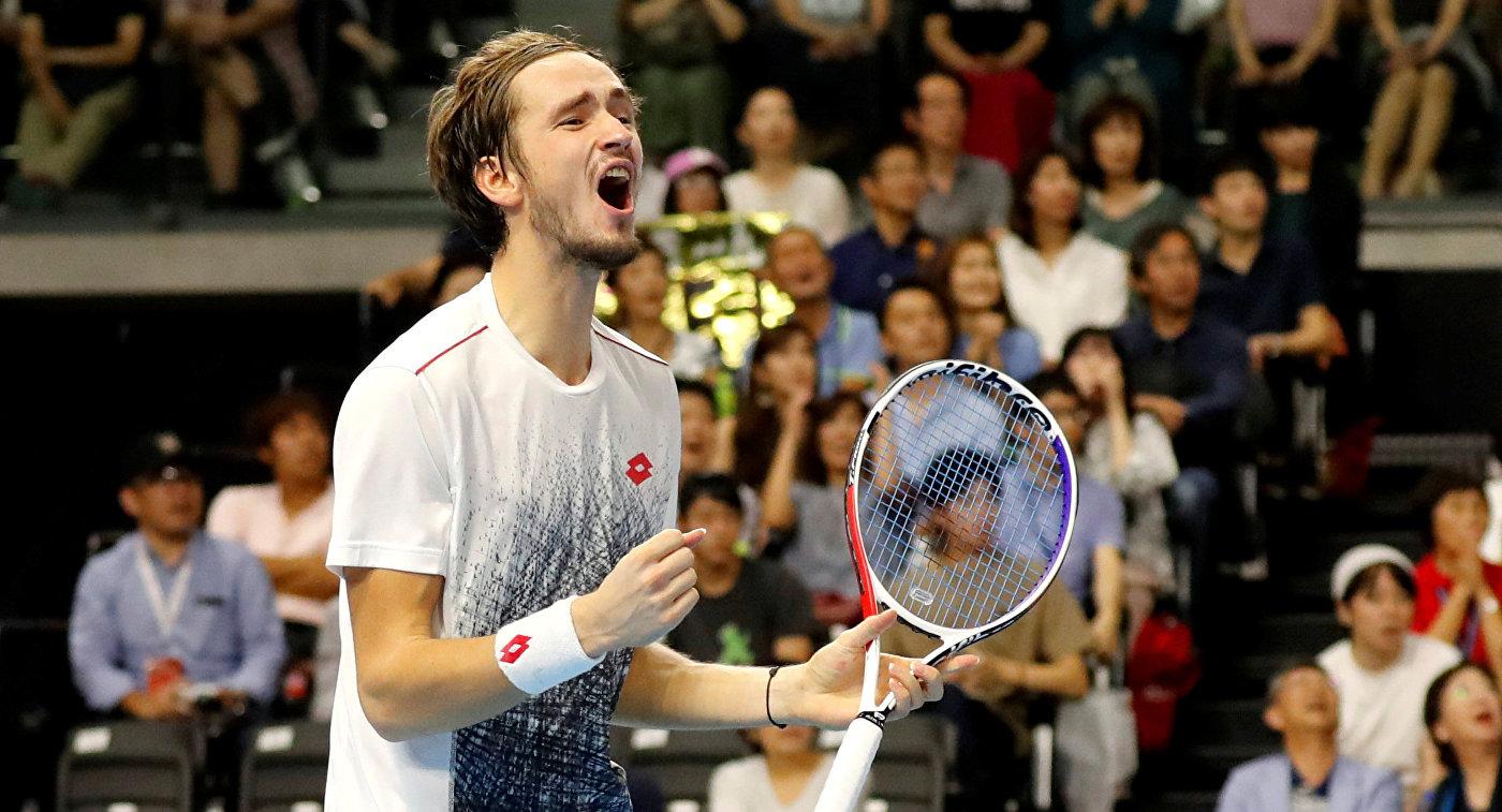Медведев поднялся на 17-е место в рейтинге ATP и стал первой ракеткой России