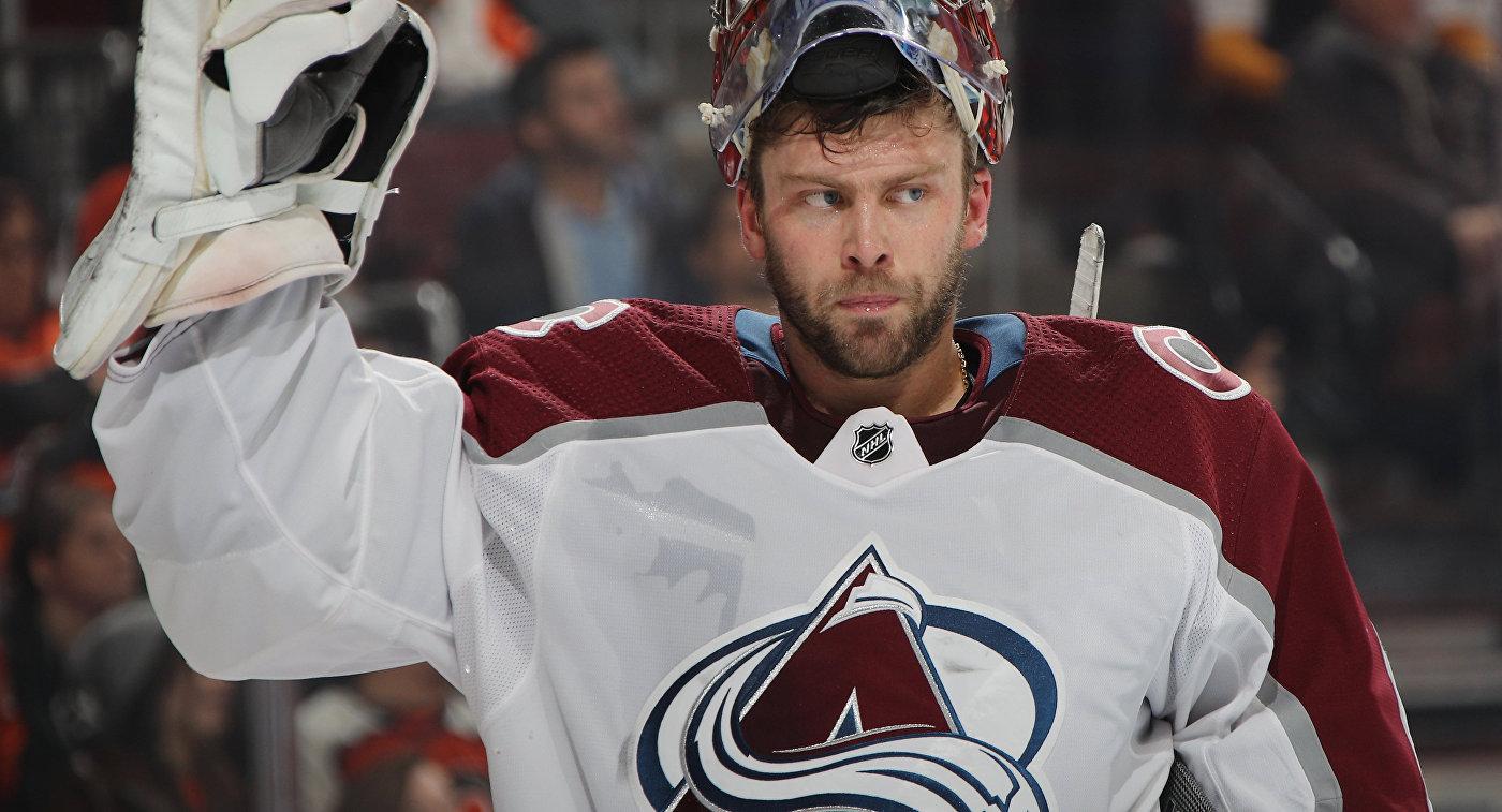 """""""Колорадо"""" обыграл """"Филадельфию"""" в матче НХЛ, Варламов отразил 37 бросков"""