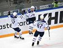 Хоккеисты Динамо Юусо Хиетанен, Дмитрий Кагарлицкий и Вадим Шипачев (слева направо)
