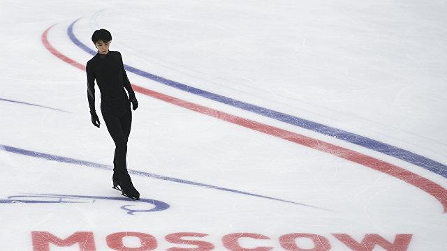 Юдзуру Ханю смировым рекордом одержал победу короткую программу в столице